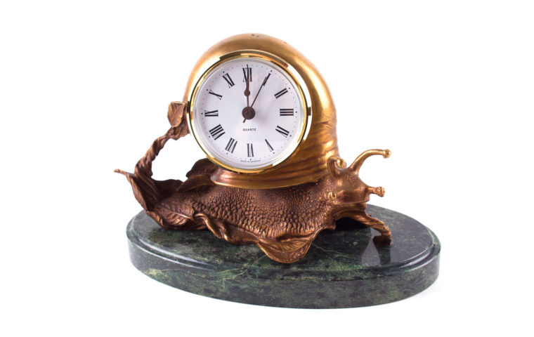 Bronze clock Snail