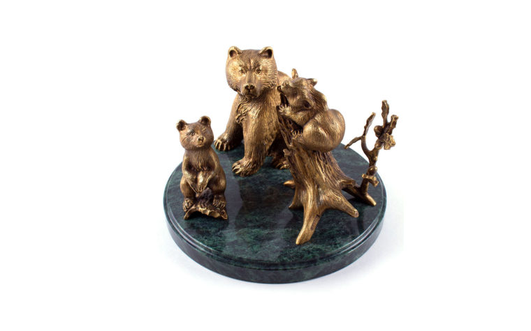 Bronze sculpture Three bears