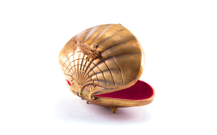 Bronze casket Shell